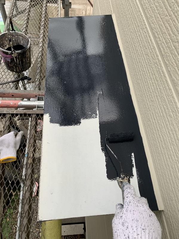 栃木県河内郡上三川町 M様邸 勝手口の霧除け庇塗装 庇の役割 ケレン作業 (2)
