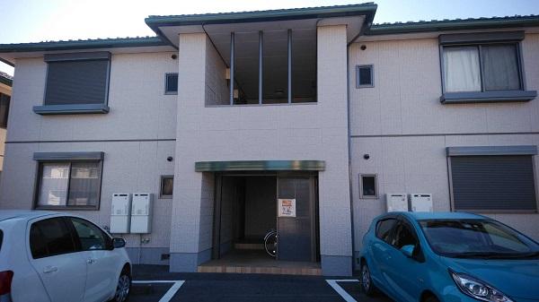 栃木県佐野市 アパート 外壁塗装 下地処理の工程 アステックペイント 超低汚染リファイン弾性1000Si-IR (1)