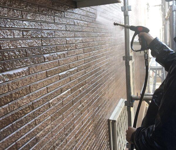 栃木県宇都宮市 屋根塗装・外壁塗装 下地処理 高圧洗浄作業 (1)