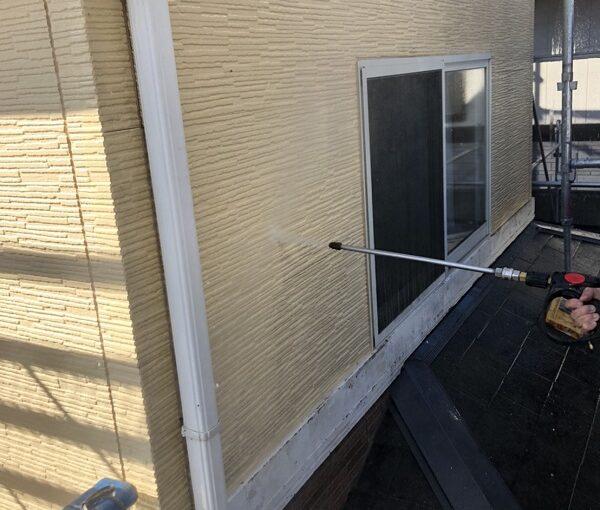 栃木県宇都宮市 屋根塗装・外壁塗装 下地処理 高圧洗浄作業 (6)