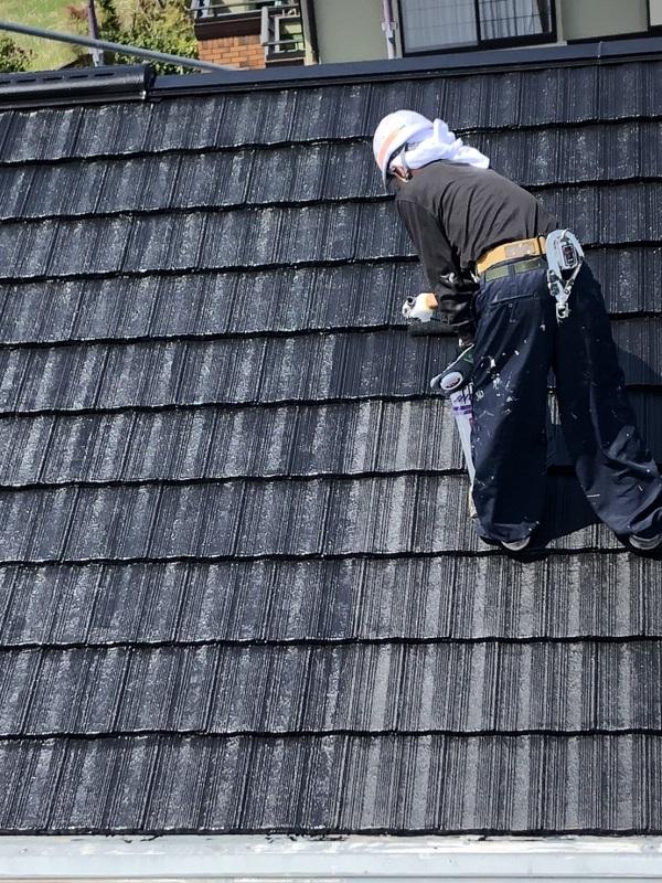 栃木県鹿沼市 屋根塗装・外壁塗装 セメント瓦の塗料の選択 関西ペイントのアレスダイナミックルーフ (3)