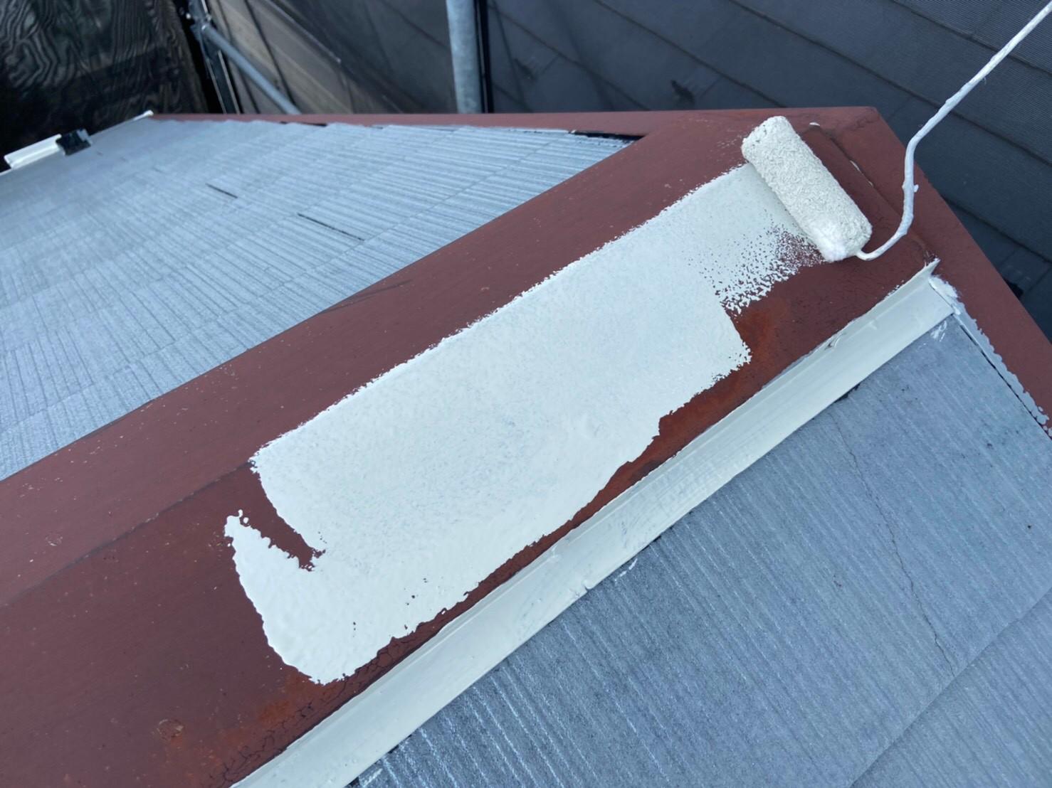 棟板金の塗装の作業